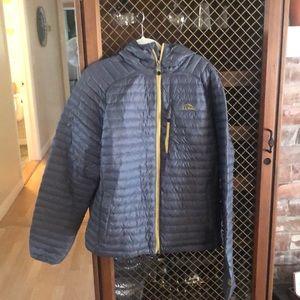 LL bean men's puff jacket